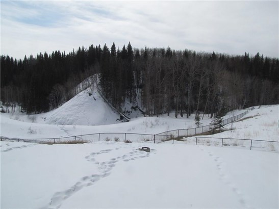 309 Seclusion Dr, Turner Valley, AB - CAN (photo 5)