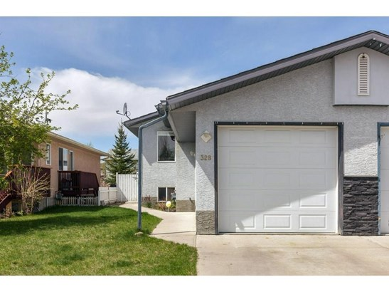 328 Strathaven Dr, Strathmore, AB - CAN (photo 1)