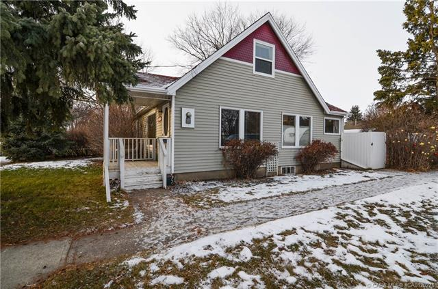 4102 51a  St, Red Deer, AB - CAN (photo 3)