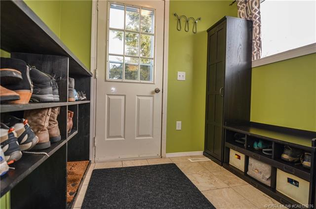 4102 51a  St, Red Deer, AB - CAN (photo 5)