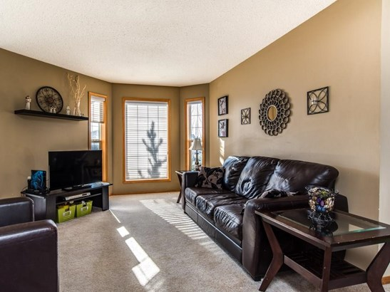323 Strathaven Dr, Strathmore, AB - CAN (photo 5)