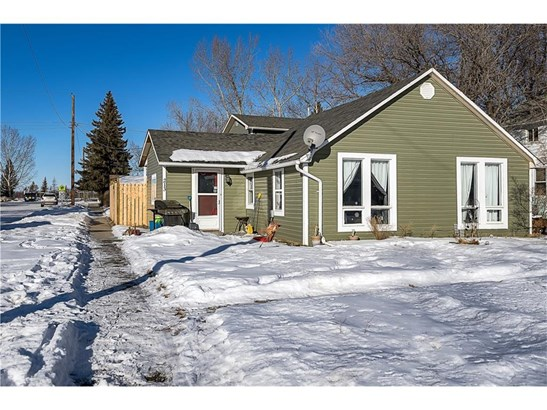 213 Aberdeen St, Blackie, AB - CAN (photo 2)