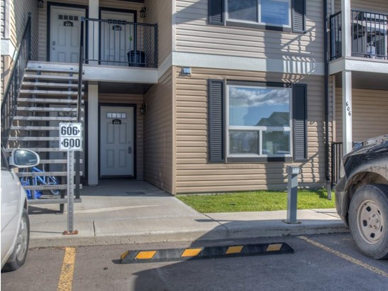 #606 8 Bayside Pl, Strathmore, AB - CAN (photo 1)