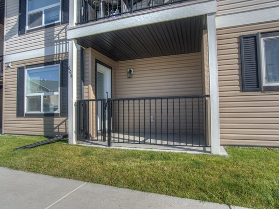 #606 8 Bayside Pl, Strathmore, AB - CAN (photo 2)