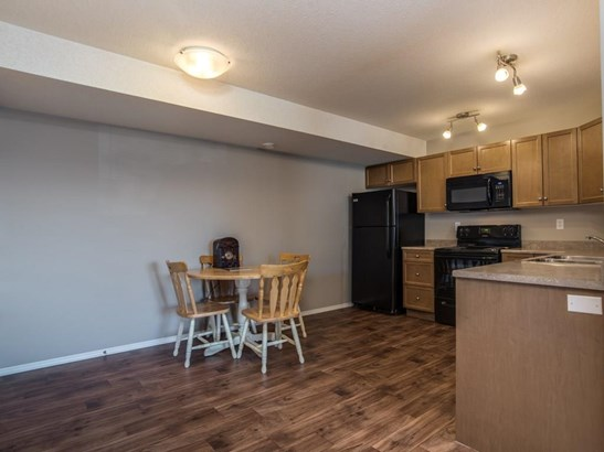 #606 8 Bayside Pl, Strathmore, AB - CAN (photo 5)