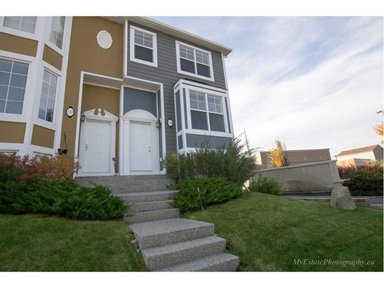 124 Lavender Li, Chestermere, AB - CAN (photo 1)