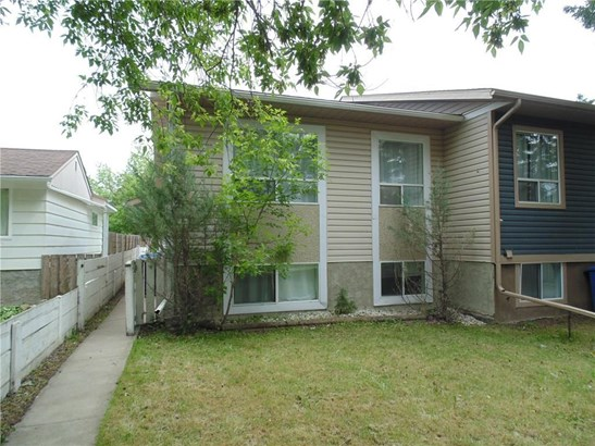 #507b  Centre St N, Sundre, AB - CAN (photo 1)