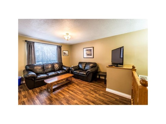 #507b  Centre St N, Sundre, AB - CAN (photo 4)