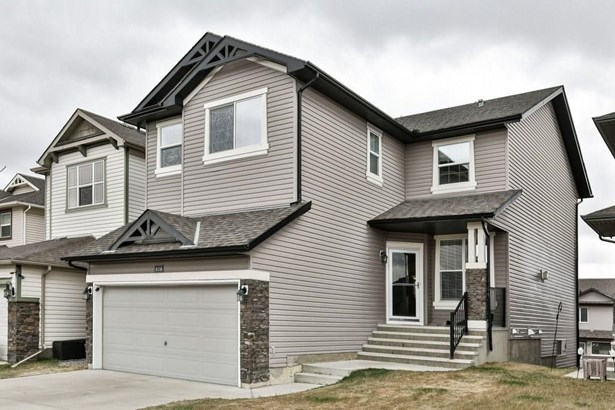 578 Coopers Dr Sw, Airdrie, AB - CAN (photo 2)