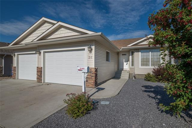 26 Heritage  Drive, Penhold, AB - CAN (photo 1)