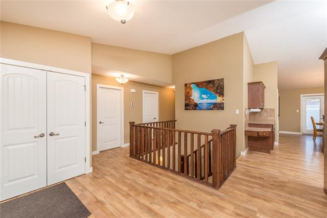 26 Heritage  Drive, Penhold, AB - CAN (photo 5)