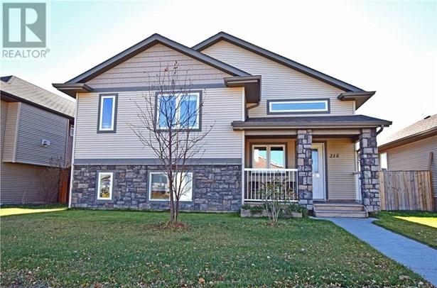 215 Jordan  Pkwy, Red Deer, AB - CAN (photo 1)
