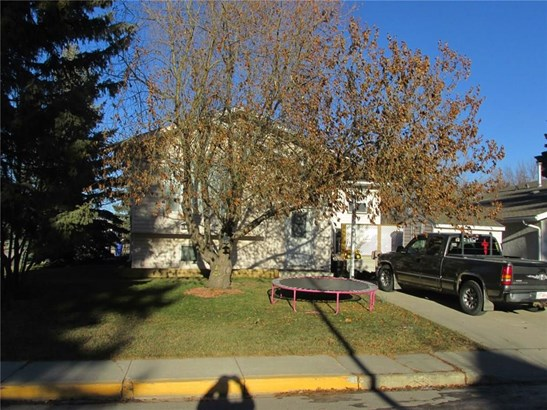 4738 51 St, Olds, AB - CAN (photo 2)