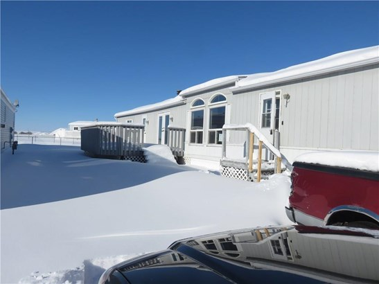 #27 900 Ross St, Crossfield, AB - CAN (photo 3)