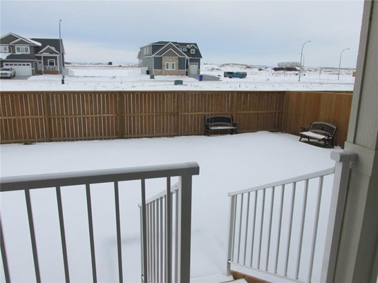 10 Viceroy Cr, Olds, AB - CAN (photo 3)