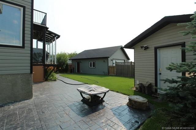 16 Lucky  Place, Sylvan Lake, AB - CAN (photo 4)