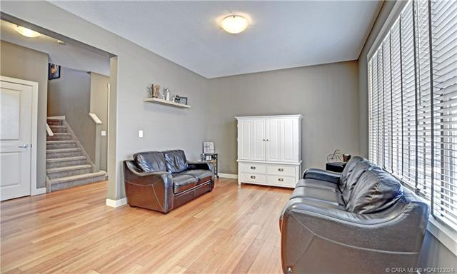 12 Williams  Clos, Red Deer, AB - CAN (photo 3)