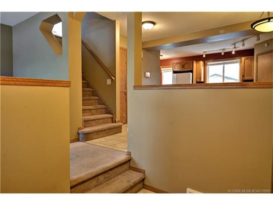 117 Jewell  St, Red Deer, AB - CAN (photo 4)