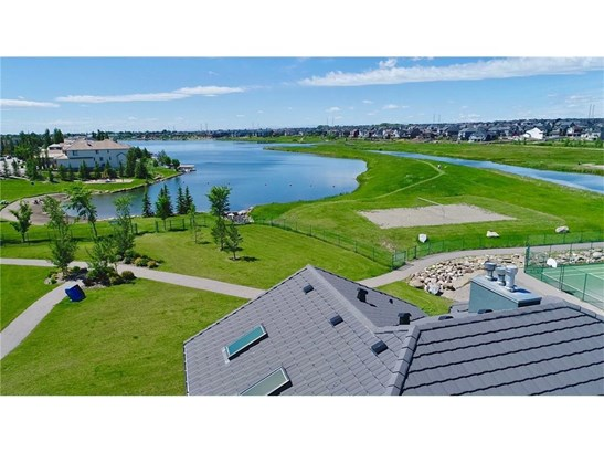 159 Cove Cl, Chestermere, AB - CAN (photo 3)