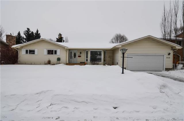 3519 44a  Ave, Red Deer, AB - CAN (photo 1)
