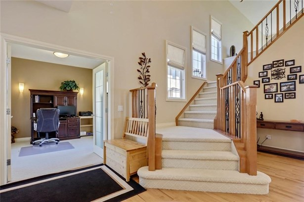 132 Stonemere Pt, Chestermere, AB - CAN (photo 5)
