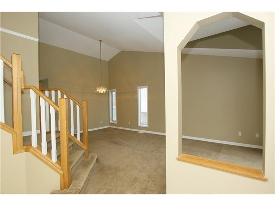 296 Lakeside Greens Cr, Chestermere, AB - CAN (photo 4)