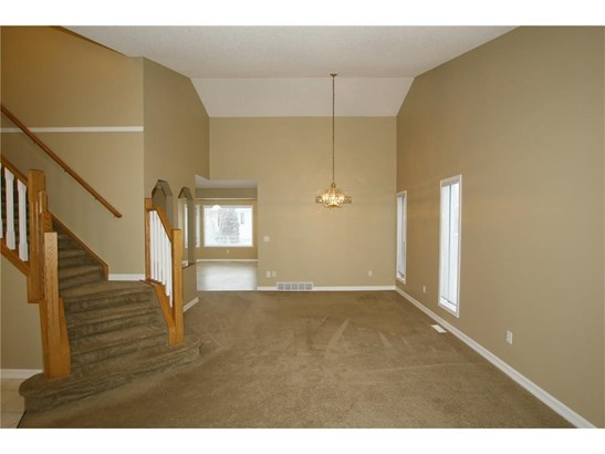 296 Lakeside Greens Cr, Chestermere, AB - CAN (photo 5)