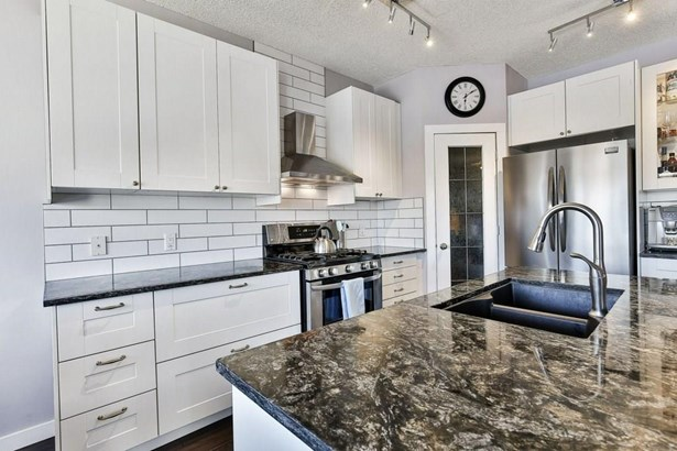 206 Sagewood Gv Sw, Airdrie, AB - CAN (photo 4)