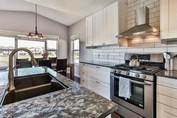 206 Sagewood Gv Sw, Airdrie, AB - CAN (photo 5)
