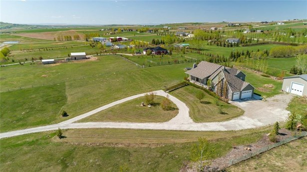 387200 2 St W, Rural Foothills M.d., AB - CAN (photo 2)