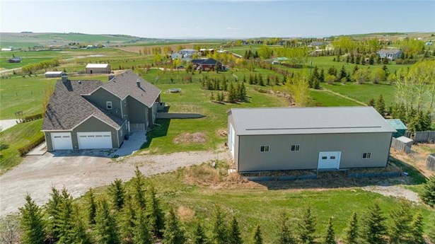 387200 2 St W, Rural Foothills M.d., AB - CAN (photo 3)