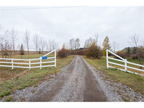290079 34 St W, Rural Foothills M.d., AB - CAN (photo 2)