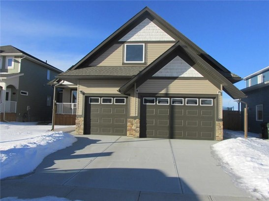 8 Viceroy Cr, Olds, AB - CAN (photo 1)
