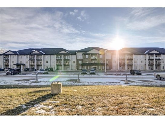80 Kelloway  Cres, Red Deer, AB - CAN (photo 1)