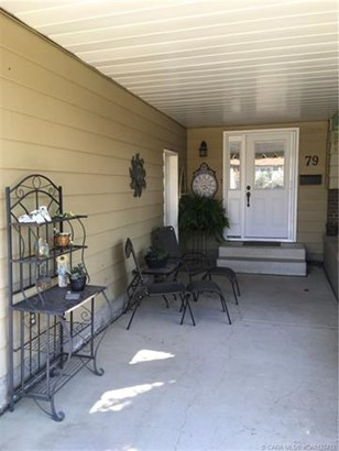 79 Carpenter  St, Red Deer, AB - CAN (photo 4)