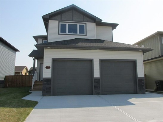 15 Vincent Cr, Olds, AB - CAN (photo 1)