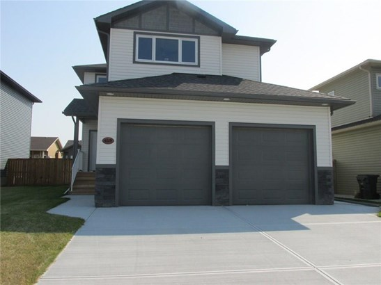15 Vincent Cr, Olds, AB - CAN (photo 2)