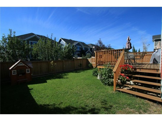 417 River Heights Dr, Cochrane, AB - CAN (photo 2)