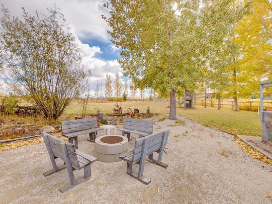 242147 96 St E, Rural Foothills M.d., AB - CAN (photo 2)