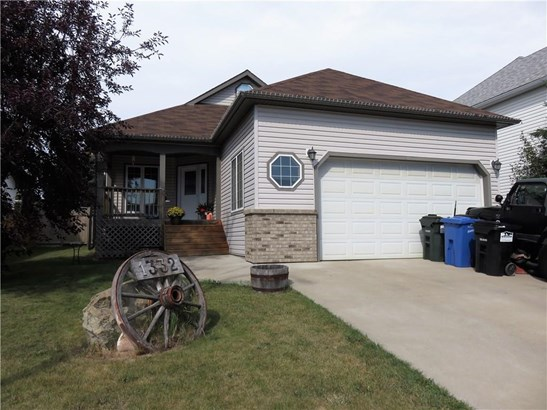 1332 25 St, Didsbury, AB - CAN (photo 1)