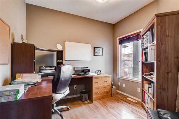 114 Tanner Cl Se, Airdrie, AB - CAN (photo 4)