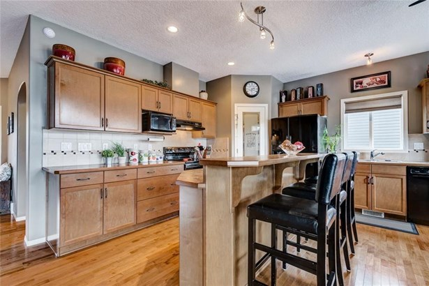 114 Tanner Cl Se, Airdrie, AB - CAN (photo 5)