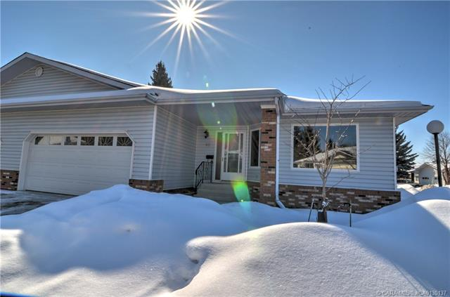 2821 Botterill  Cres, Red Deer, AB - CAN (photo 2)