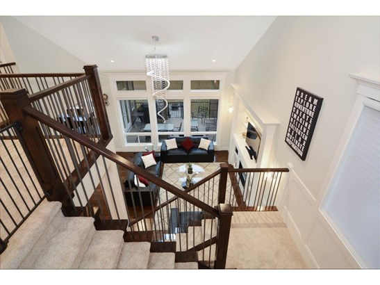 180 Kinniburgh Wy, Chestermere, AB - CAN (photo 1)