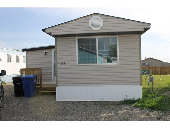 23 Park Rd, Carstairs, AB - CAN (photo 1)
