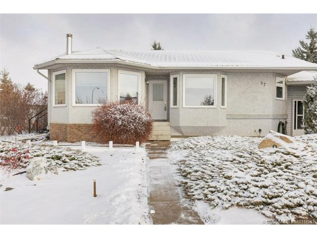 97 Beech  Cres, Olds, AB - CAN (photo 3)