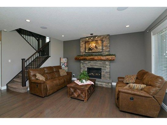 53 Ravenskirk Cl Se, Airdrie, AB - CAN (photo 4)