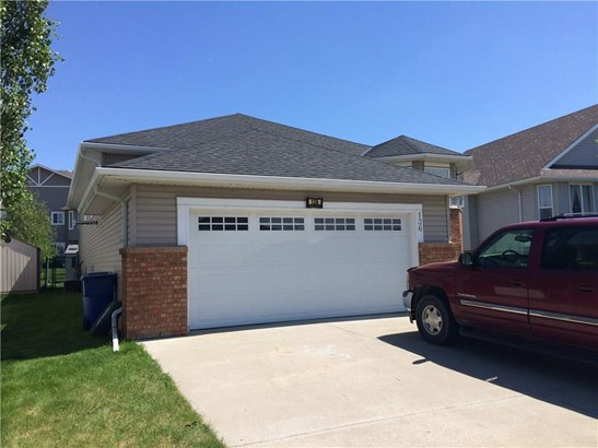 136 Cove Dr, Chestermere, AB - CAN (photo 3)