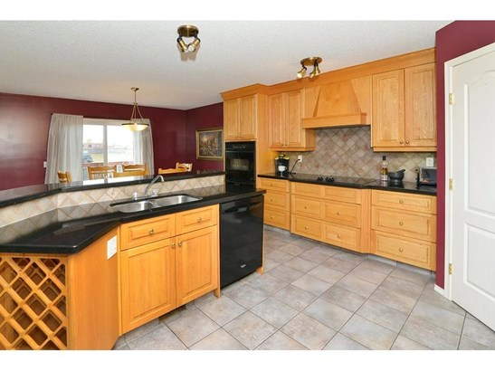 184 Springmere Rd, Chestermere, AB - CAN (photo 2)