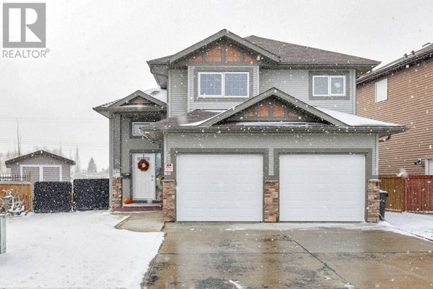 5 Heritage  Rd, Penhold, AB - CAN (photo 1)